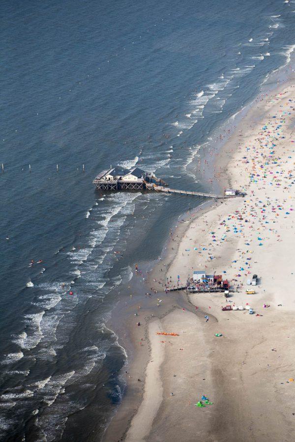Strandbar 54 Grad aus der Luft