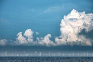Windräder an der Nordseeküste