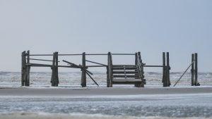 Strandkorbpodest in SPO nach dem Sturm Xaver