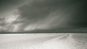 Pfahlreihe auf der Sandbank von SPO
